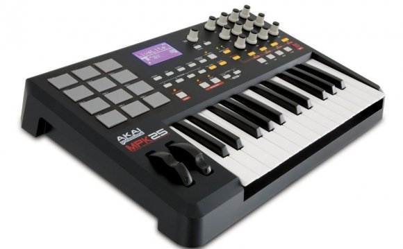 Akai MPK25 25 Key Keyboard